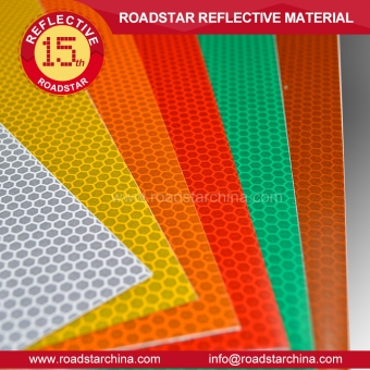 Acrylic glass beads reflective sheeting